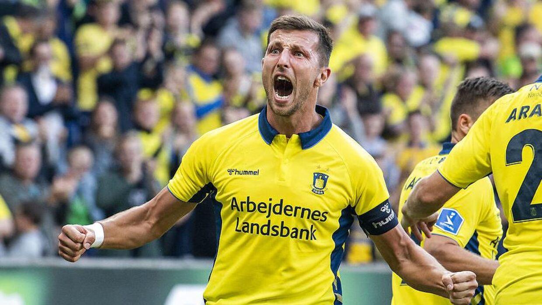 Kamil Wilczek scorer mål på samlebånd.