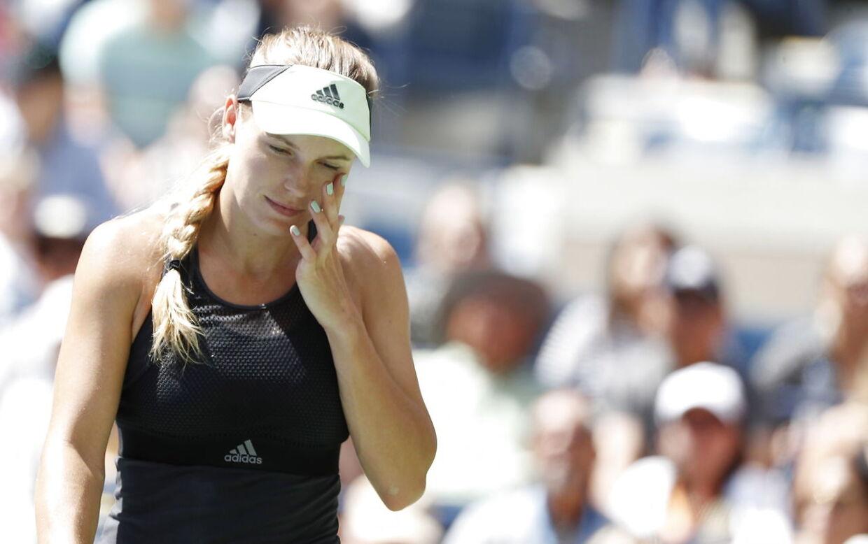 Caroline Wozniacki røg lørdag ud af US Open efter nederlag på 4-6, 4-6 mod Bianca Andreescu.