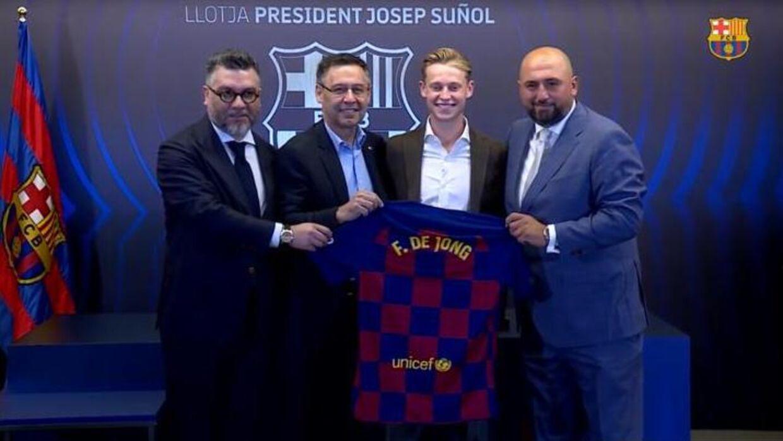 Hasan Cetinkaya har også solgt Frenkie de Jong til Barcelona denne sommer.