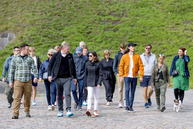 Grevinde Alexandra og sønnerne Prins Felix og Prins Nikolai deltog søndag i Ecco Walkaton.