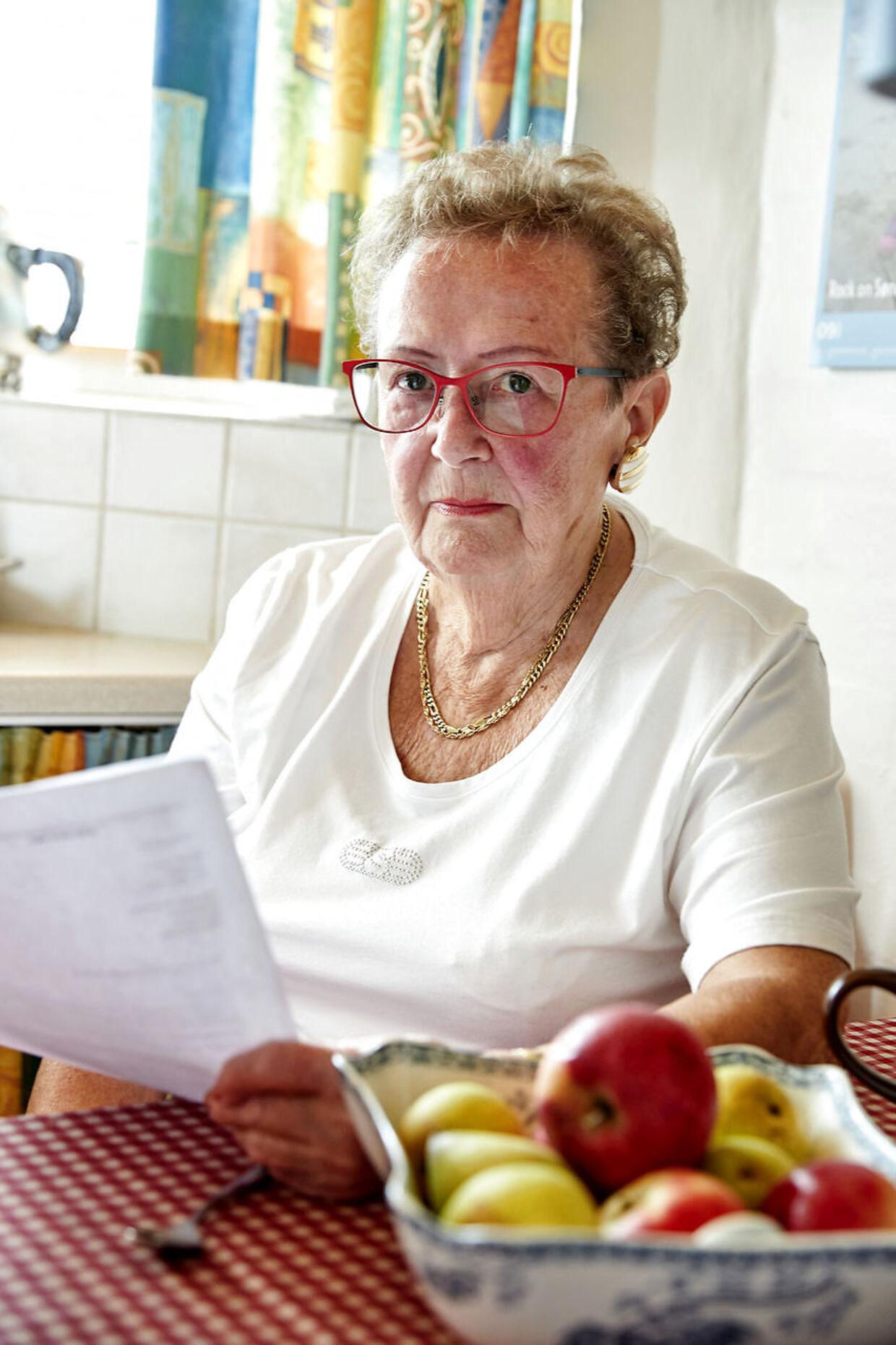 Inga og hendes mand Steen må ikke længere få indkøbshjælp af deres hjemmehjælper, som vidste præcis, hvilke varer fra den lokale Rema 1000, som ægteparret ønskede.