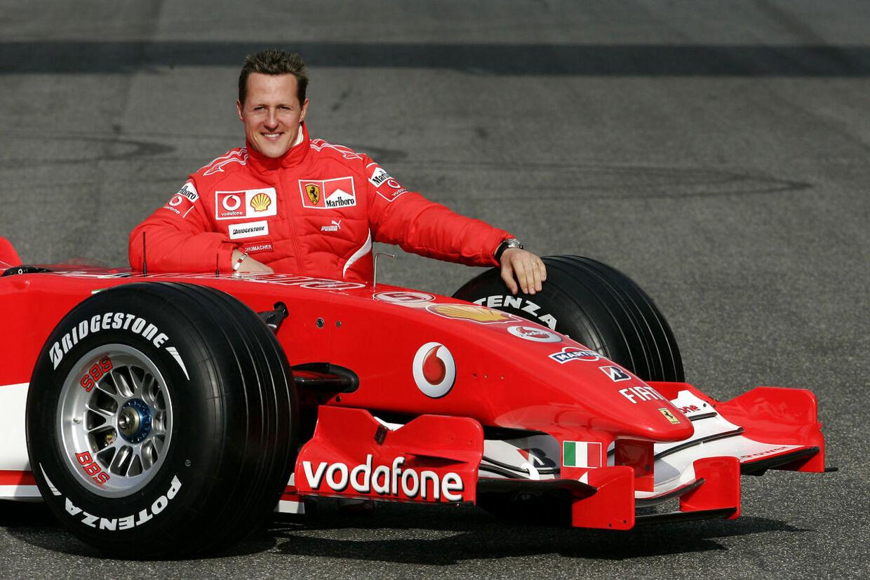 Michael Schumacher med sin Ferrari i 2006.