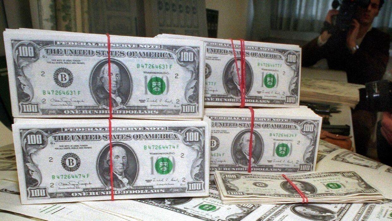 Robert og Tiffany Williams fik ved en fejl 120.000$ ind på deres bankkonto.
