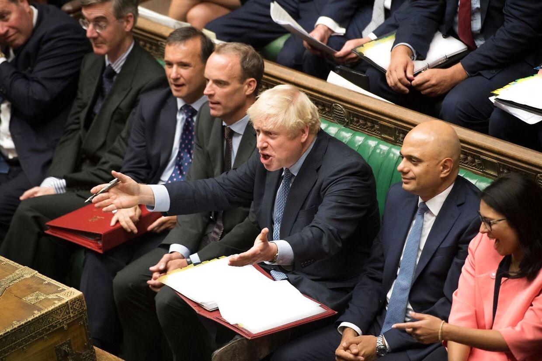 Bølgerne er gået højt i det britiske parlament.