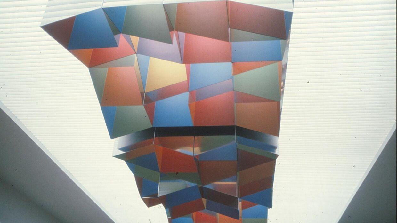 Siden 2008 har kunstværket været gemt væk på et depot. Nu arbejdes der på at finde en ny ejer til William Soyas kunstværk.