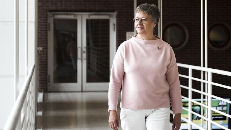 Borgmester Trine Græse skal finde 41 millioner kroner i kommunekassen. Pengene skal hun sende til forældre, der har betalt for meget for at have børn i børnehave.