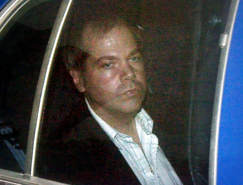 John Hinckley Jr. ankommer til retten i Washington D.C. den 19. november 2003.
