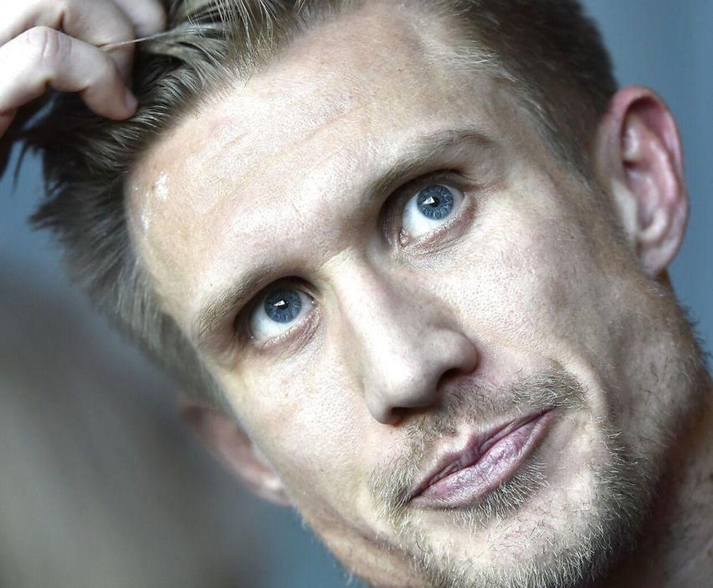 39-årige Martin Albrechtsen medvirker i programmet 'Plastikkongerne' på Kanal 4.