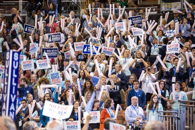 Elizabeth Warrens vælgermøder vokser og vokser.