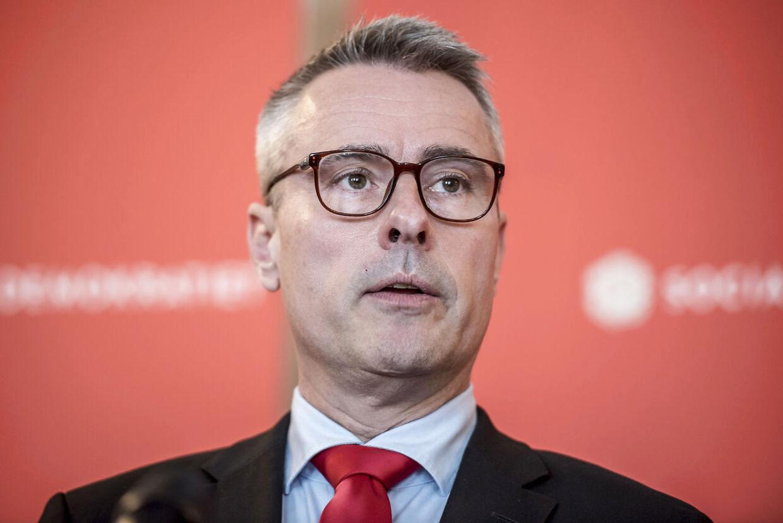 I det nye år skal det mangeårige folketingsmedlem Henrik Sass Larsen være direktør i brancheforeningen DVCA.. (Arkifvfoto: Mads Claus Rasmussen/Ritzau Scanpix)