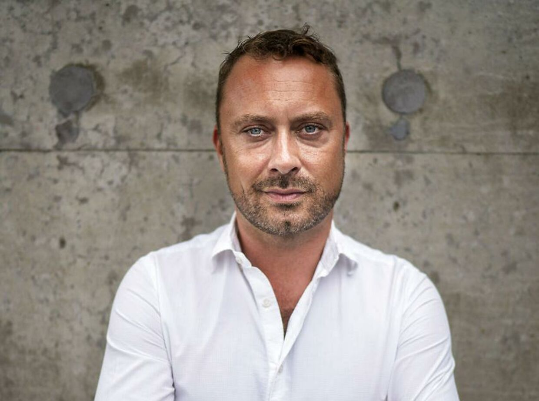 Skuespiller Jakob Fauerby skal være far.