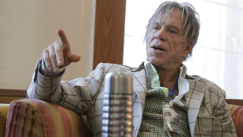 Amatørbokseren og stjerneskuespilleren Mickey Rourke afslører årtier gammel konflikt med Robert De Niro