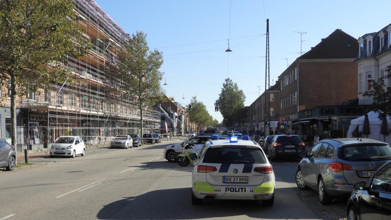 Politiet er til stede på Amagerbrogade i forbindelse med et knivstikkeri.