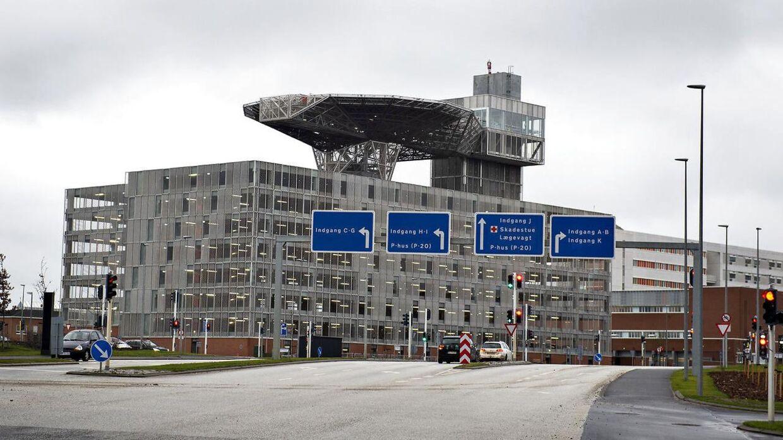 Aarhus Universitetshospital behandlede en person, der blev kørt over af en kartoffeloptager.