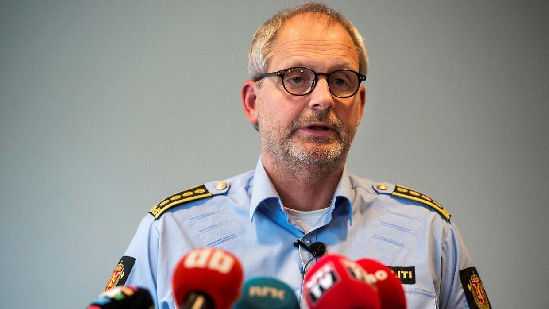 Politidirektør Tommy Brøske under et pressemøde om den forsvundne Anne-Elisabeth Hagen.