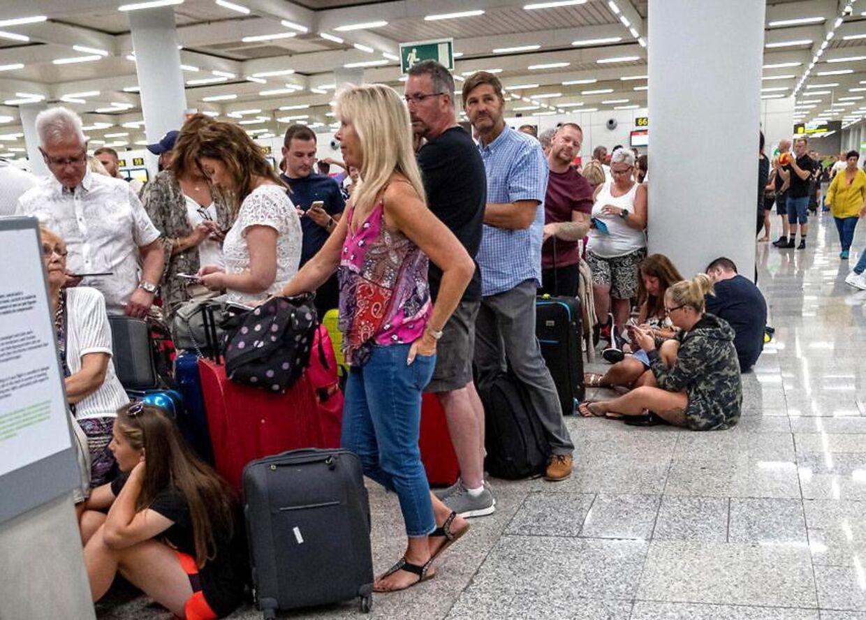 Der var lang kø i Mallorcas lufthavn den 23. september, hvor Thomas Cook gik konkurs. Men køerne i de britiske lufthavne, hvor rejseselskabets fly plejede at flyve i pendulfart til ferieøen, er forsvundet.