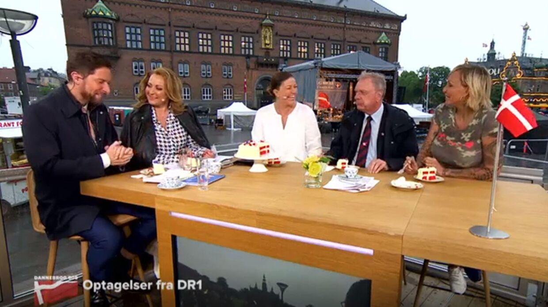 Stemningen bliver meget frigjort, da Linse afslører sit crush på Kåre Quist. (Foto: TV3)