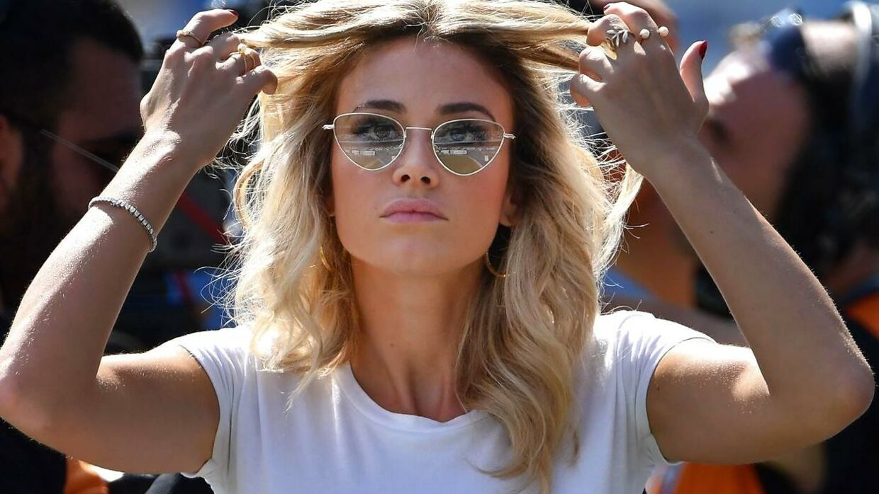 Italian television presenter Diletta Leotta gest ready prior going on air for the Italian Serie A football match Napoli vs Brescia on September 29, 2019 at the San Paolo stadium in Naples. (Photo by Alberto PIZZOLI / AFP)