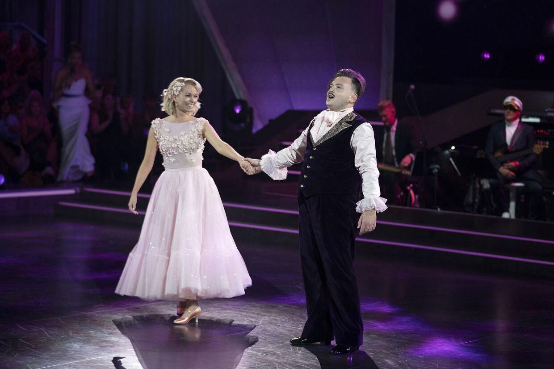 Her ses parret efter deres dans i det fjerde program... (Foto: Martin Sylvest/Ritzau Scanpix)