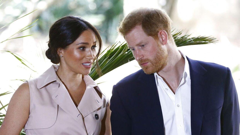 Her ses hertug og hertuginde af Sussex ved deres besøg i Johannesburg 2. oktober.. EPA/KIM LUDBROOK
