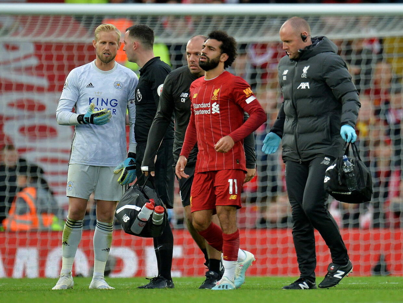 Mohamed Salah humper fra banen.