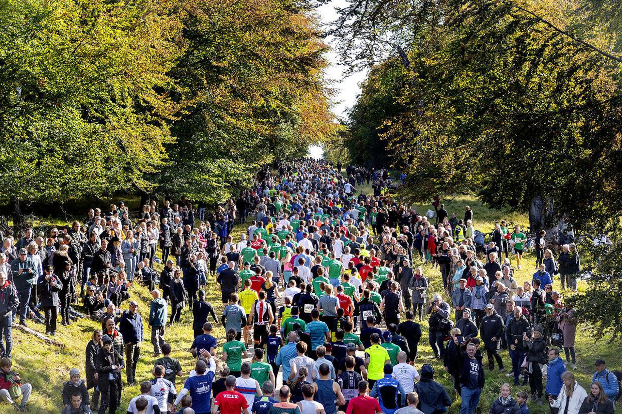 Eremitageløbet 2019 blev løbet søndag den 6. oktober. Eremitageløbet er Danmarks ældste motionsløb.