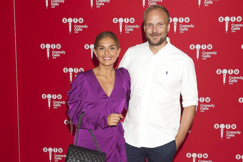 Stephania Potalivo med sin mand, Nils Petter Bro, som hun blev gift med sidste sommer.