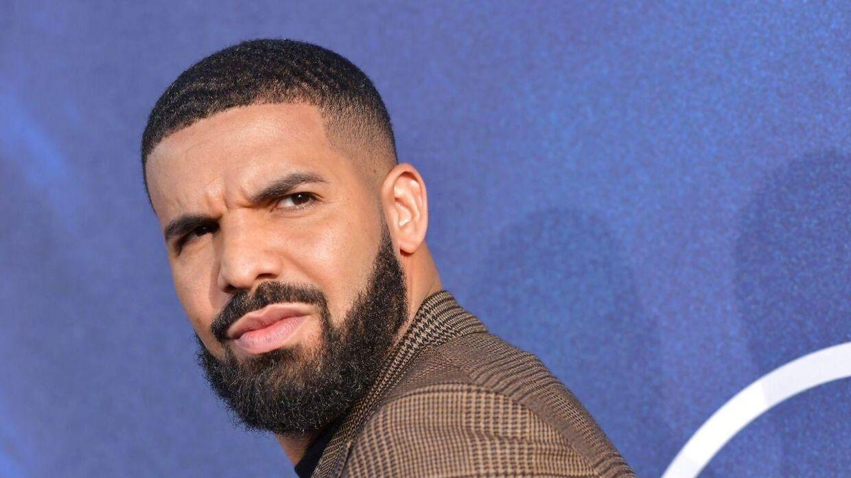 Drake er røget ind i en bitter strid med sin far.