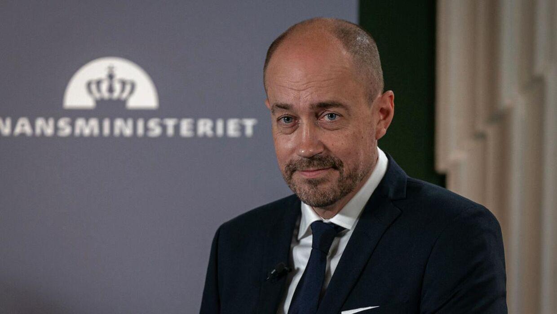 Sundheds- og ældreminister Magnus Heunicke ønsker ikke på nuværende tidspunkt at forklare, hvad anbefalingerne fra en professor i sundhedsret skal bruges til i udformningen af en eventuel lovændring.