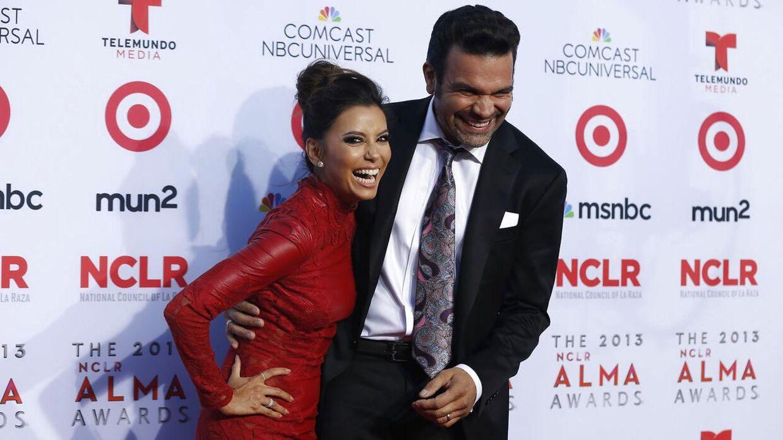 Ricardo Chavira sammen med sin serie-kone Eva Longoria i 2013. (Foto: Scanpix)