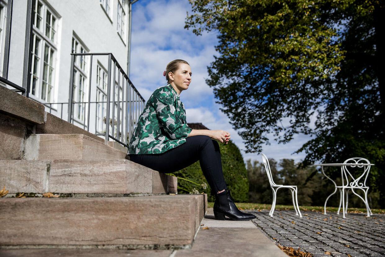 Statsminister Mette Frederiksen fotograferet på Marienborg.