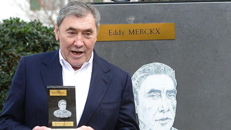 Eddy Merckx blev indlagt søndag med en alvorlig hovedskade efter et cykelstyrt.