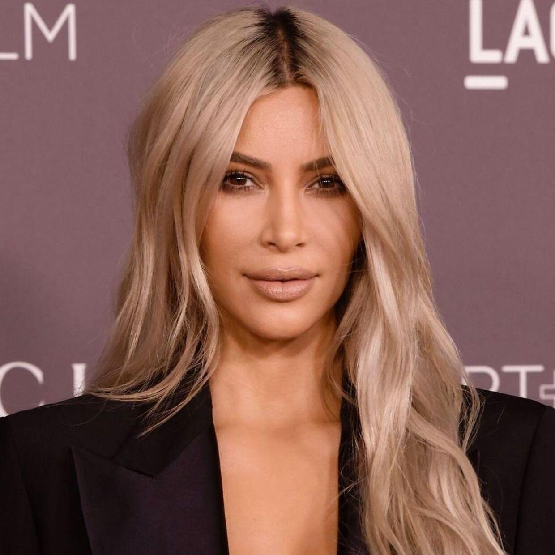 Kim Kardashian West er en af de faste deltagere ved Kanye Wests søndagsgudstjenester.