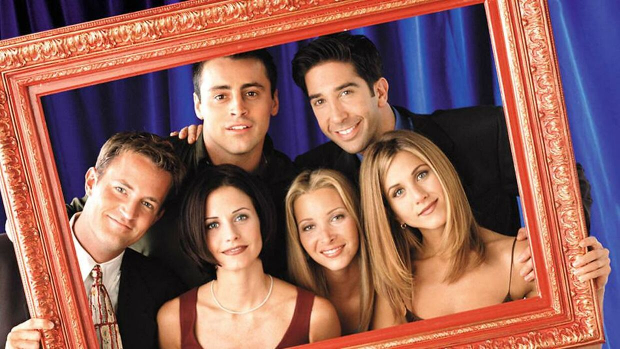 "The cast of the popular television series ""Friends"" are pictured in this undated publicity photograph. (L-R) Matthew Perry as Chandler Bing, Courteney Cox Arquette as Monica Geller, Matt LeBlanc as Joey Tribbiani, Lisa Kudrow as Phoebe Buffay, David Schwimmer as Ross Geller, Jennifer Aniston as Rachel Green."