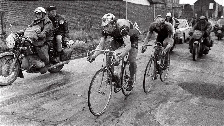 Eddy Merckx og Roger De Vlaeminck under Paris-Roubaix i 1973