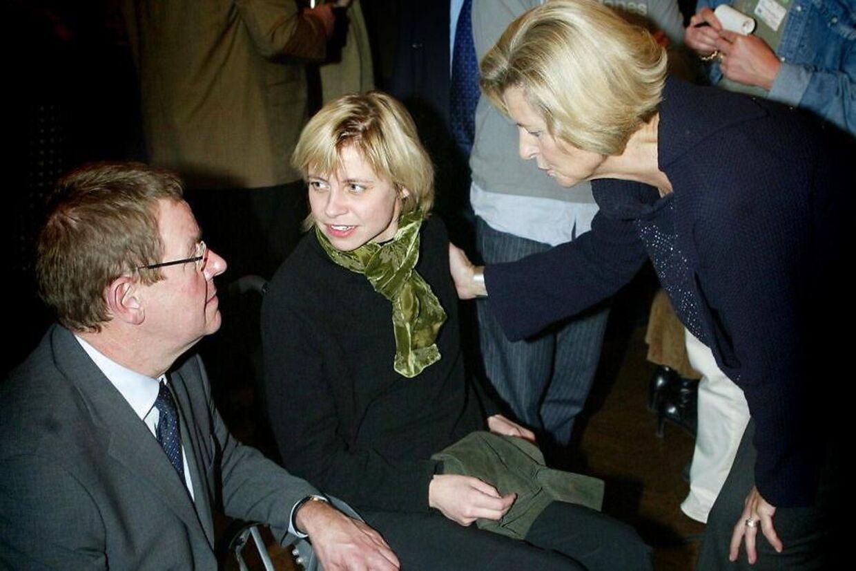 Lone Dybkjær med sin sclerose-ramte datter Lotte, som døde i 2013 i en alder af blot 43.