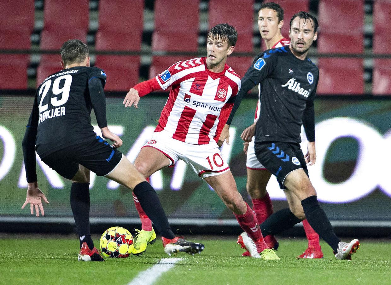 AaB's Lucas Andersen i aktion i en Superliga-kamp mod OB tidligere i år.