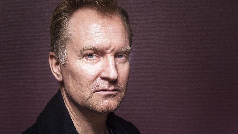 Ulrik Thomsen er den nye 'Carl Mørck' i Afdeling Q. En rolle, der tidligere blev spillet af Nikolaj Lie Kaas.