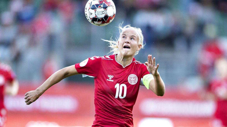 Danmarks Pernille Harder (C) i EM kvalifikationskampen mellem Danmark og Malta på Energi Viborg Arena, 29. august 2019.