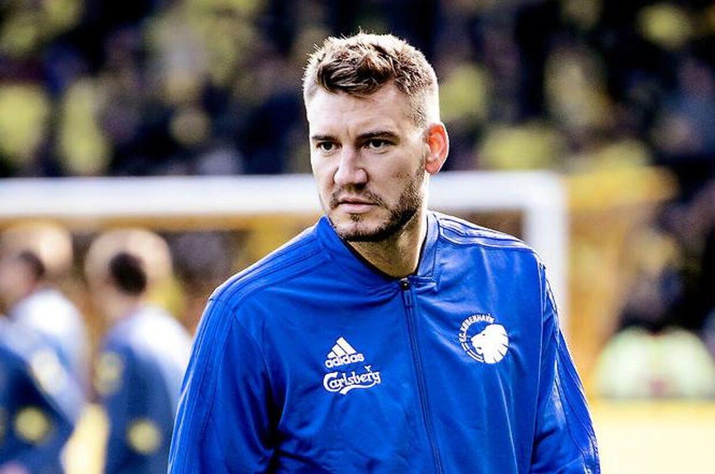 Nicklas Bendtner. Superliga Brøndby - FCK Fans og fodbold før, under og efter kampen på og omkring Brøndby Stadion.