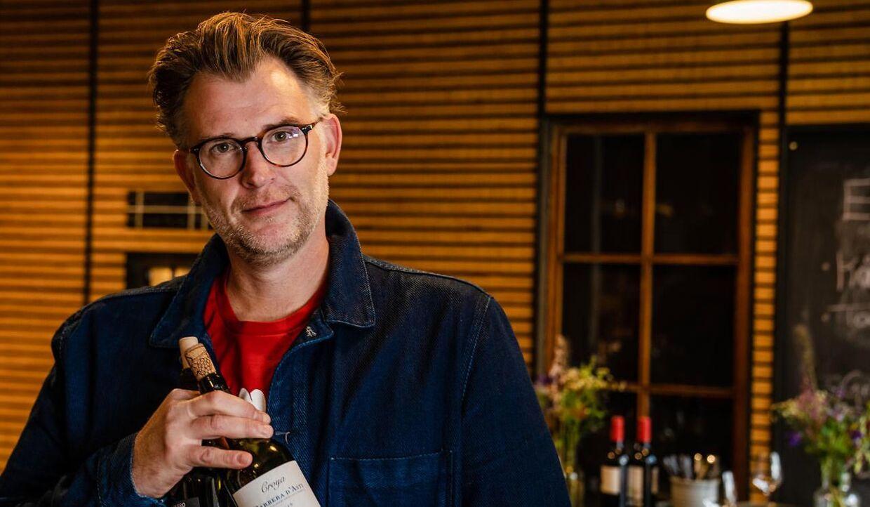 BTs vin-tester Mikkel Nielsen, blindsmager billig vin for at finde - det bedste af det billige.