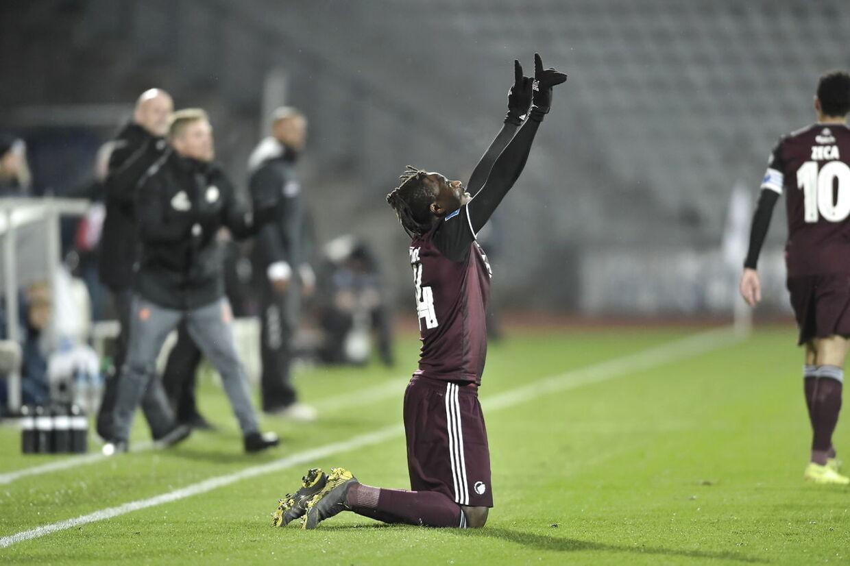 FCK-angriberen Dame N'Doye jubler over sin scoring til 1-0 mod AGF.