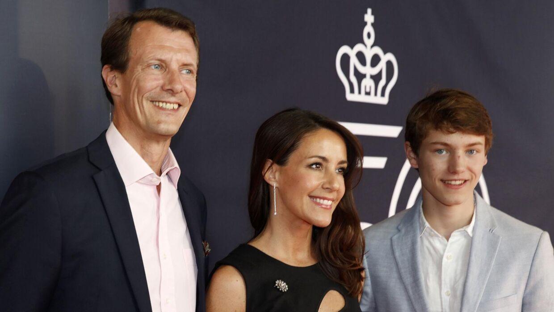 Prins Joachim ses her med prinsesse Marie og prins Felix.