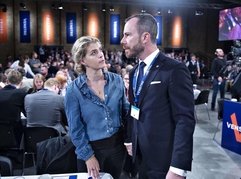ARKIVFOTO af Jakob Ellemann-Jensen og Anne Marie Preisler ved Venstres ekstraordinære landsmøde i september.