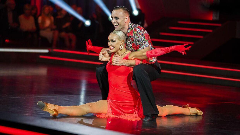 Bokser Mikkel Kessler og Mille Funk. Vild med Dans, sæson 16, program 8 på TV2 afvikles i København, fredag den 1. november 2019.