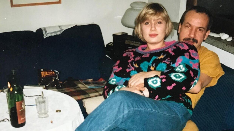 Henriette Mez sammen med sin far i 1980'erne. Foto: Privat.