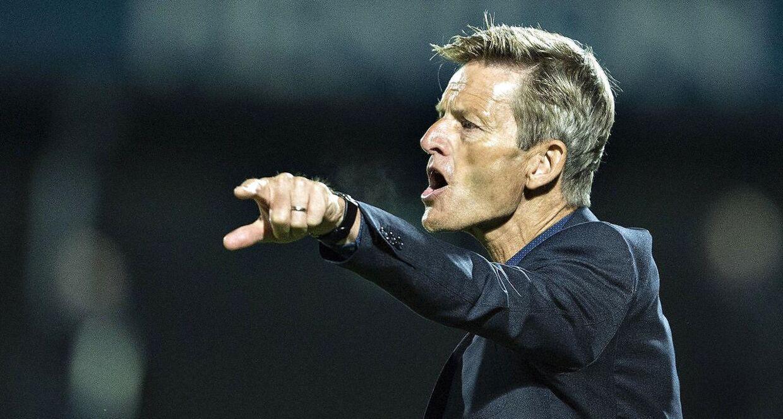 Lars Søndergaard har tidligere været cheftræner i blandt andet AaB. Nu træner han det danske kvindelandshold.