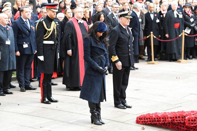 De døde blev mindet under ceromonien.