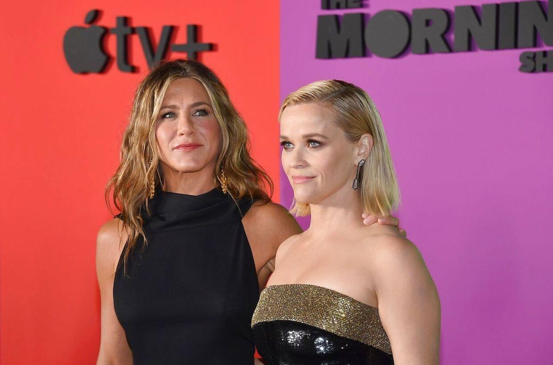 Jennifer Aniston og Reese Witherspoon er med i Apples helt store slagnummer på tjenesten.