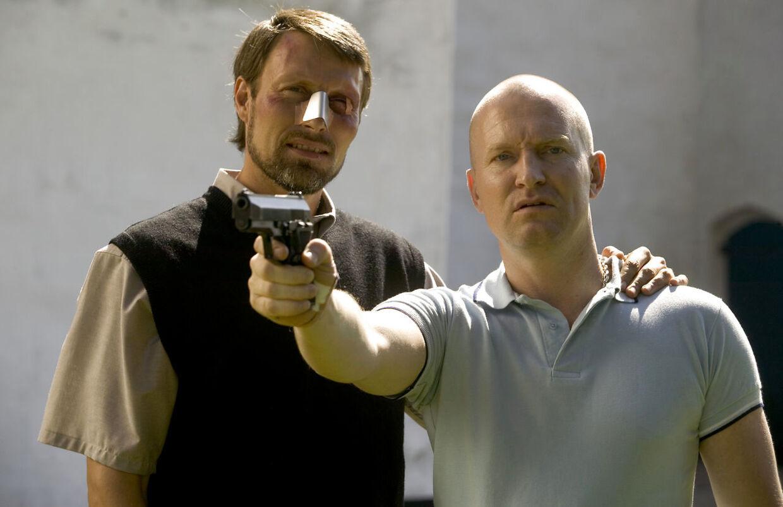 Mads Mikkelsen og Ulrich Thomsen i 'Adams æbler'.